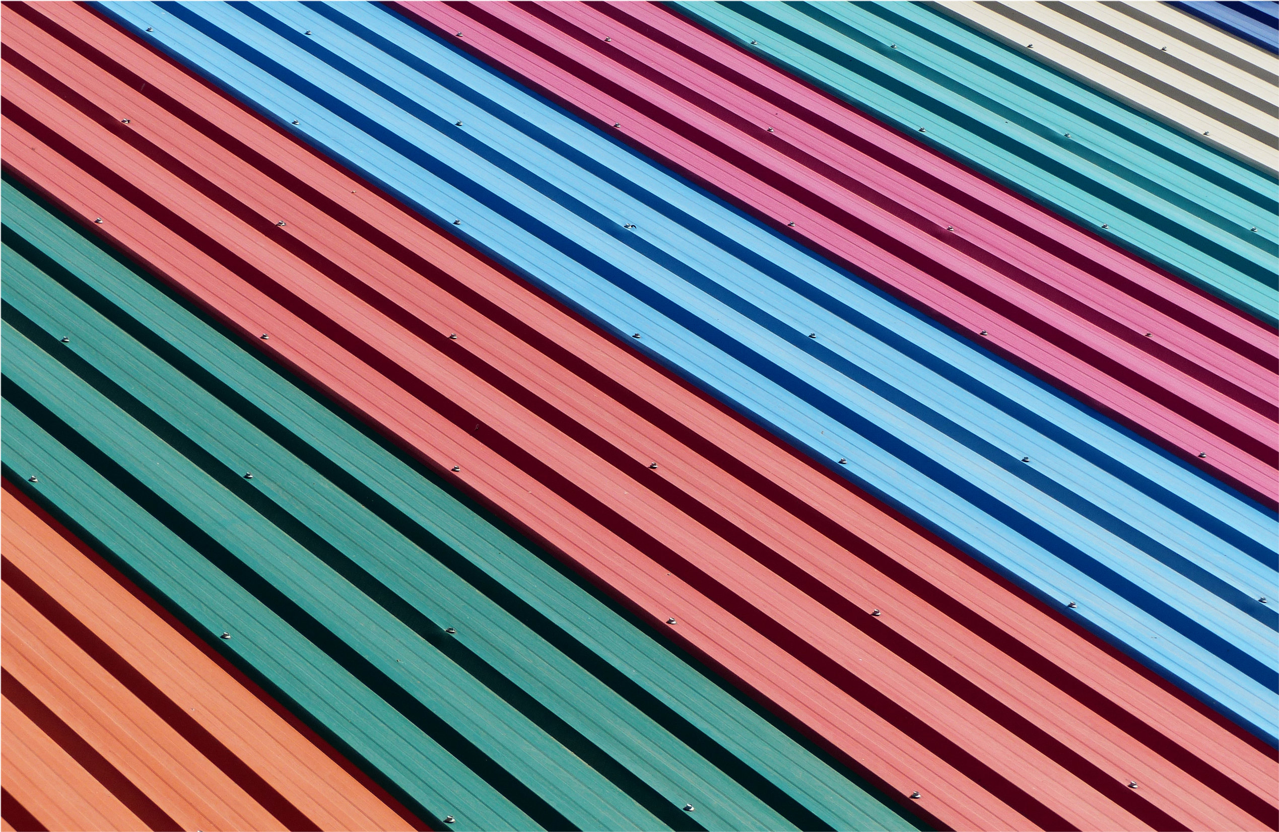 What are the top 6 benefits of a metal roofing?